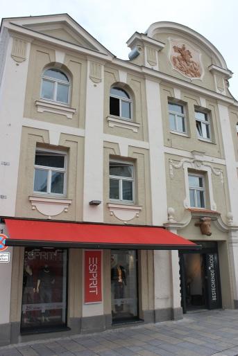 Außenansicht CACTUS - bestechende Mode in Vilsbiburg, Herbst 2013, Foto: WR