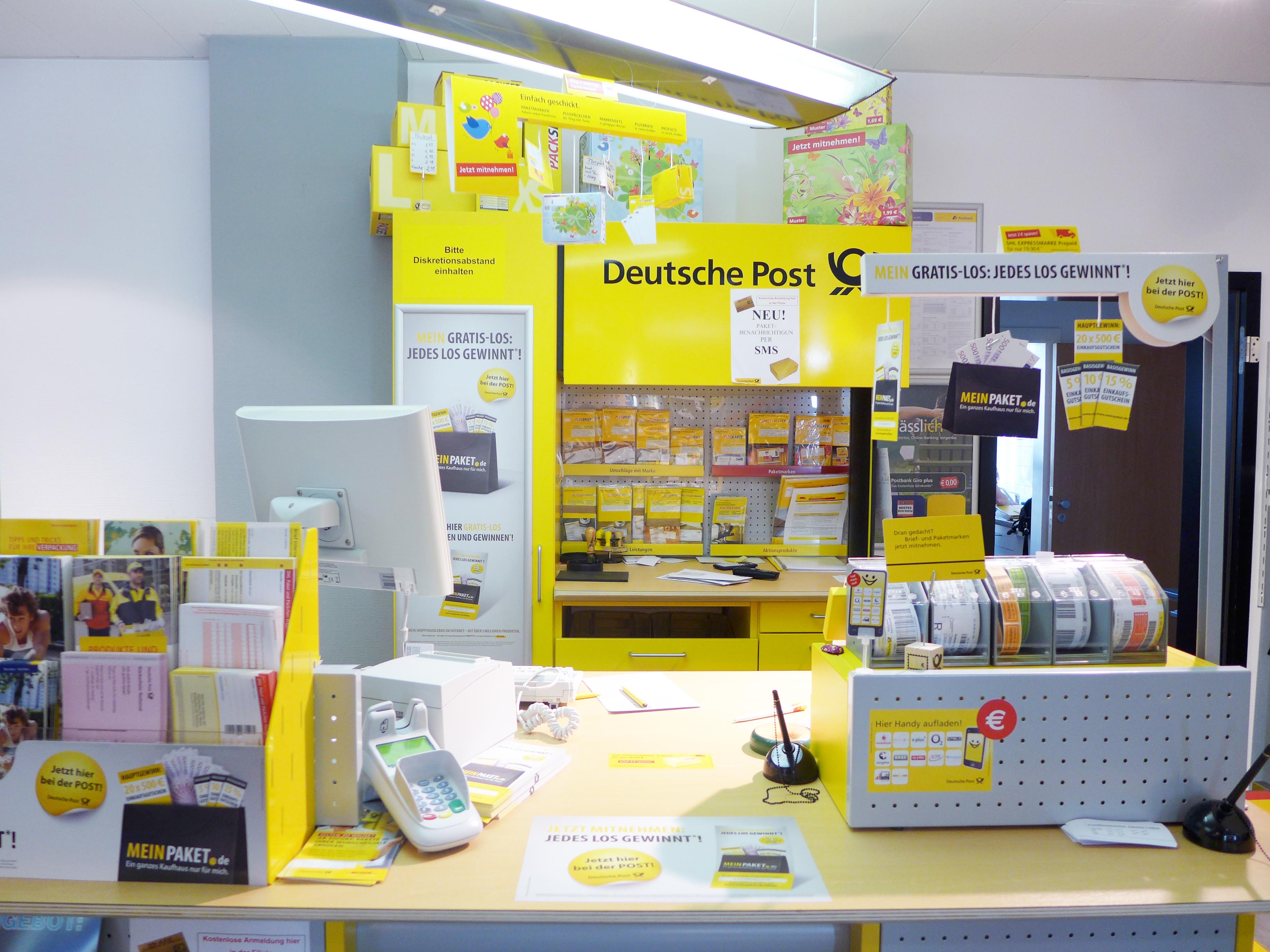 2013: DHL-Poststelle Velden